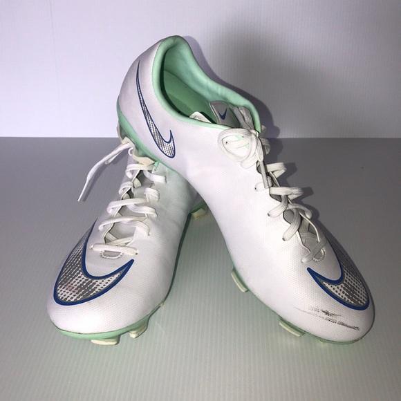 685a9f5f20fd Womens Nike Mercurial Veloce II FG Cleats 9.5. M 5a78d51650687c3c2cbdf5cb